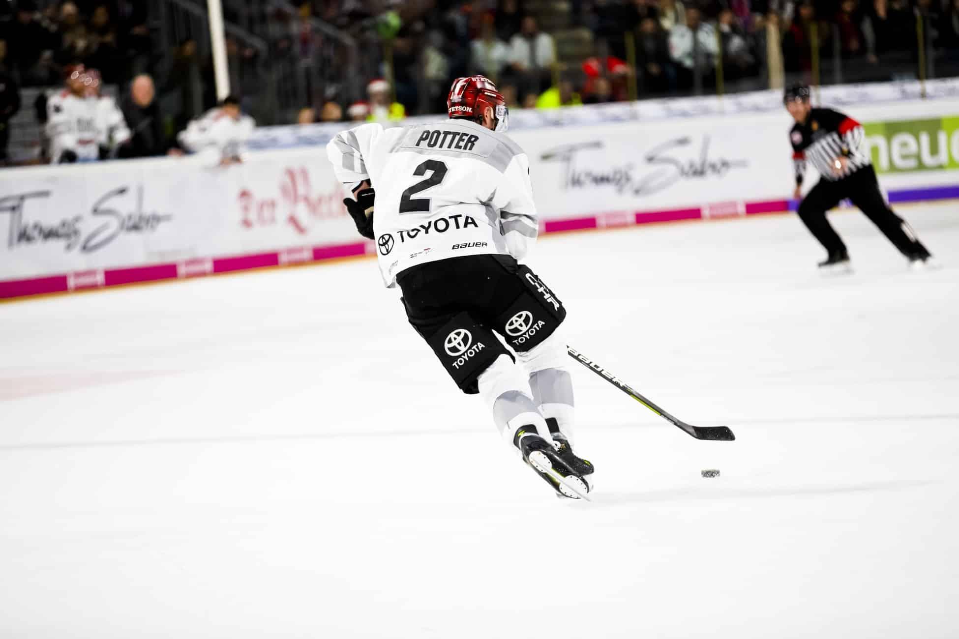 Do Ice Hockey Skates Come Sharpened?